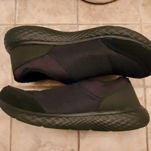 Memory foam shoes